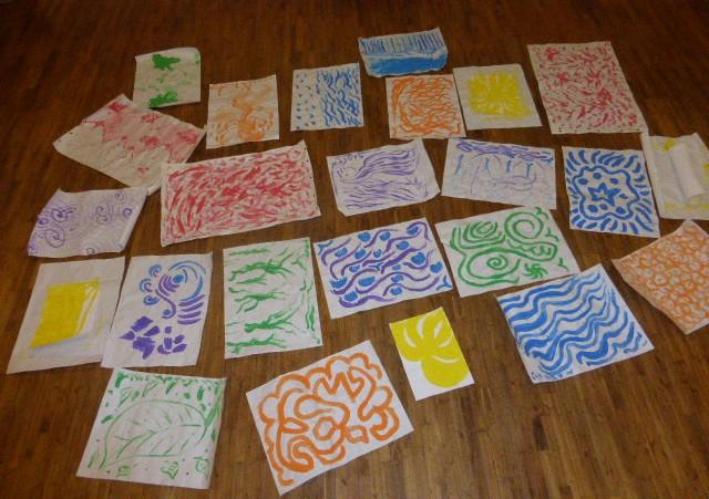 Peintures et danse des 7 couleurs originelles