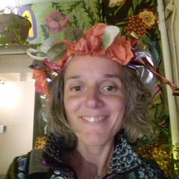 Avec ma couronne fleurie (1)